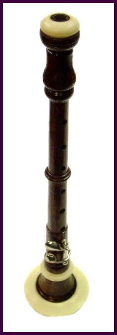 BOMBARD CHANTER MADE OF AFRICAN BLACK WOOD WITH 1 KEY